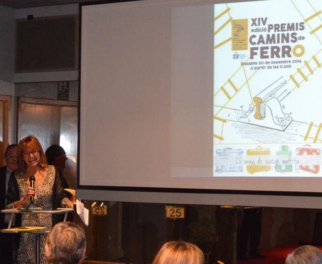 Sra. Pilar Garcia, Museu del Ferrocarril de Catalunya, anunciant els guanyadors dels Premis Camins de Ferro